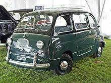 220px-1960_Fiat_Multipla_taxi_Roma.jpg