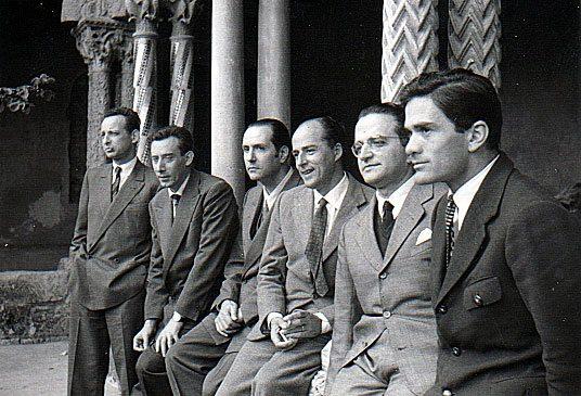 mario-luzi-secondo-da-sinistra-con-un-gruppo-di-scrittori-tra-cui-in-primo-piano-pier-paolo-pasolini-anni-cinquanta