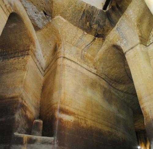 il Palombaro Lungo, grande cisterna scavata nel tufo